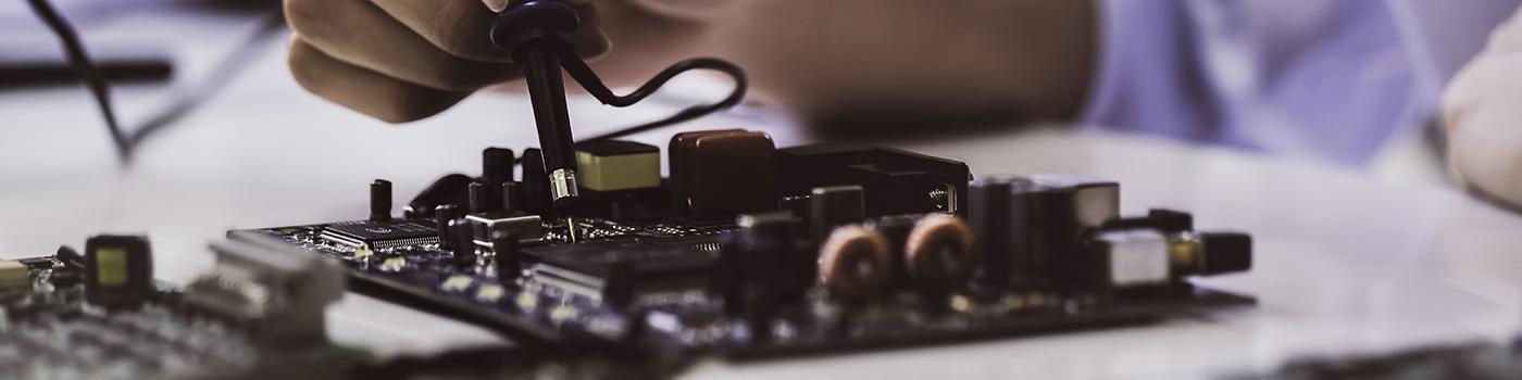 Especialista en Electrónica para compoñentes da automoción
